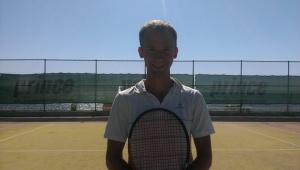 Профессиональный тренер по теннису в Киеве